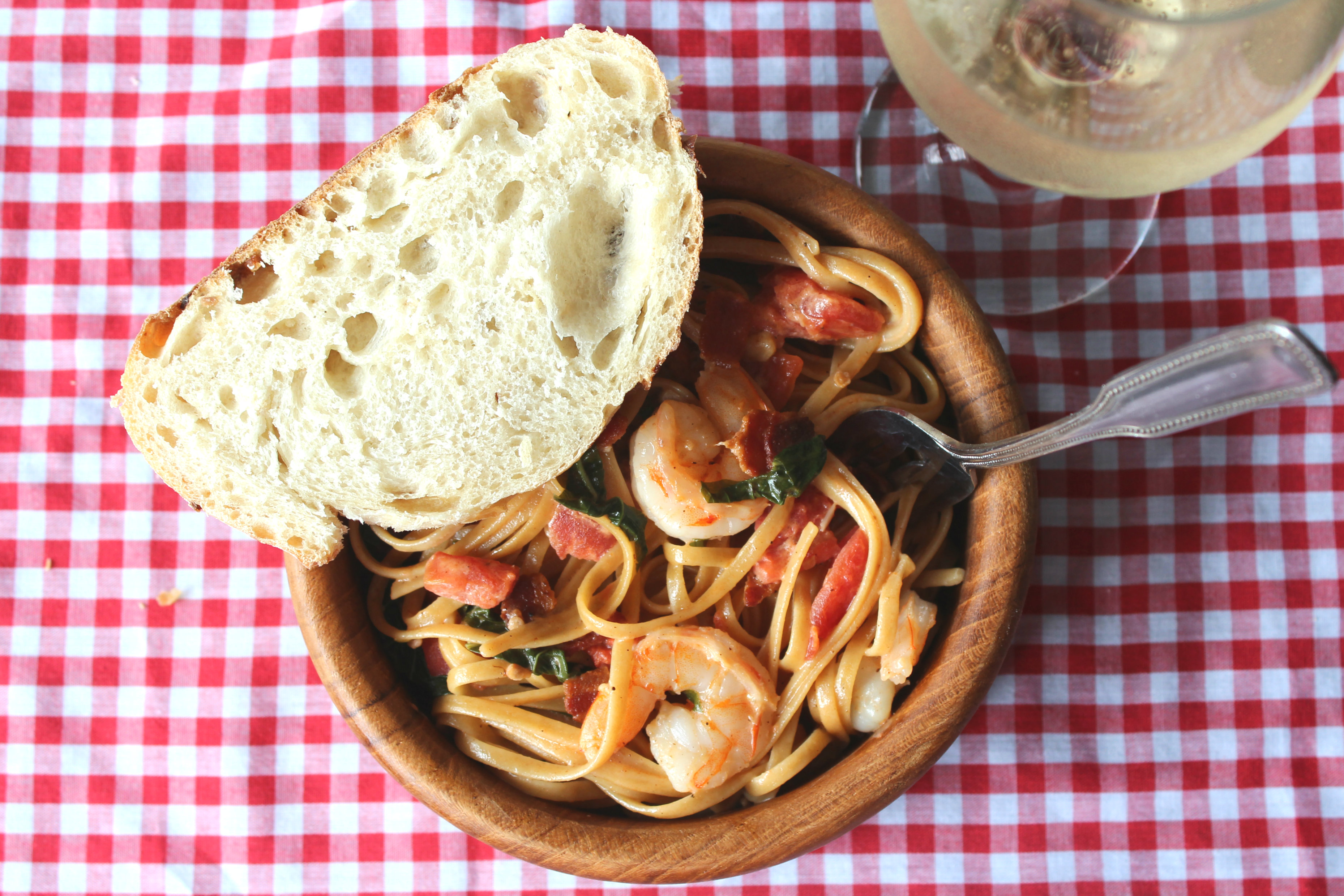 Whole Wheat Pasta with Shrimp and Bacon | THE SPATULARETTE