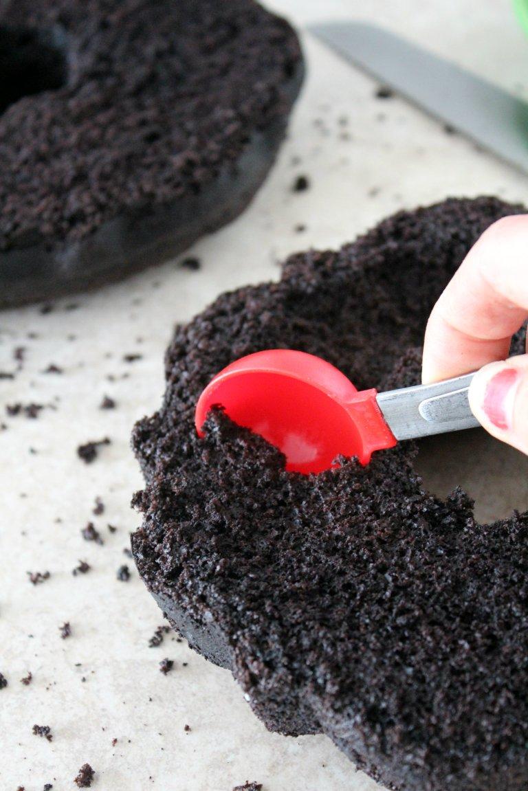 Oreo Bundt Cake 4