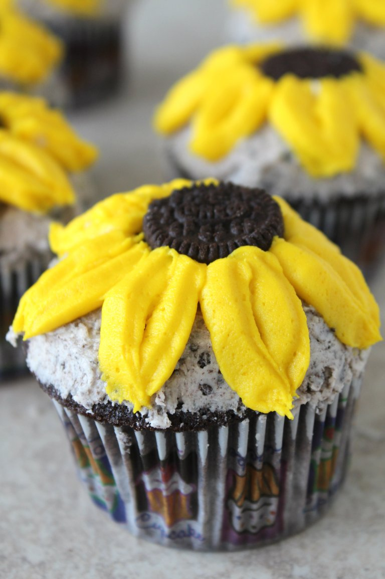 sunflower cupcakes 3