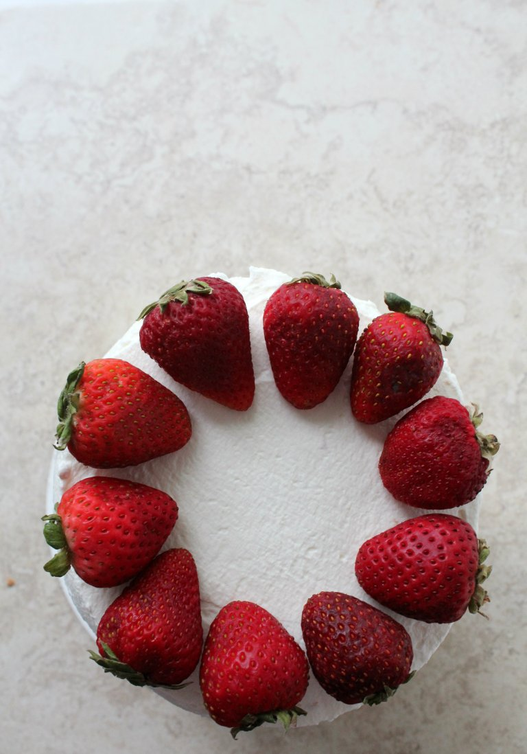 strawberry layer cake 4