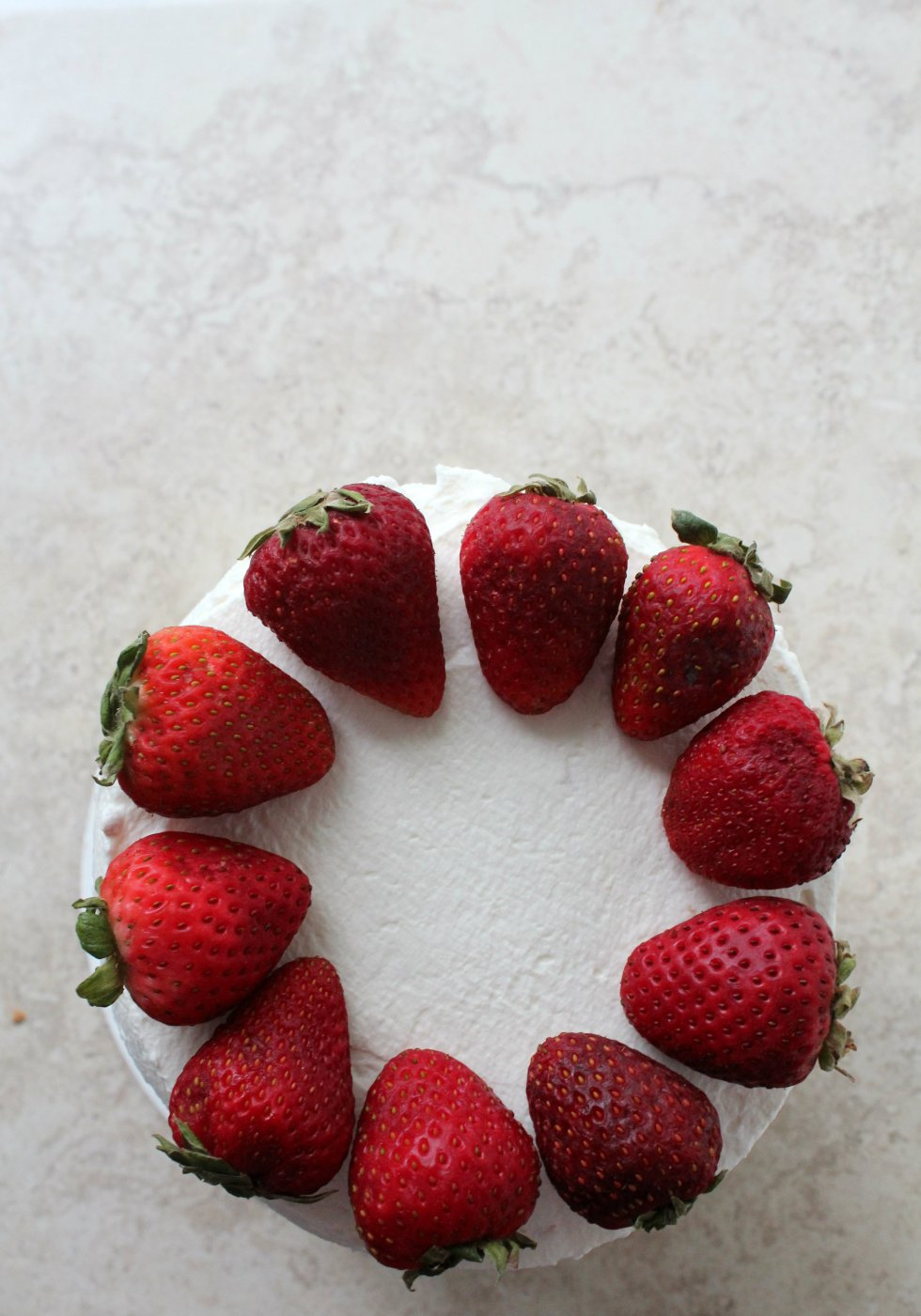 strawberry layer cake 4