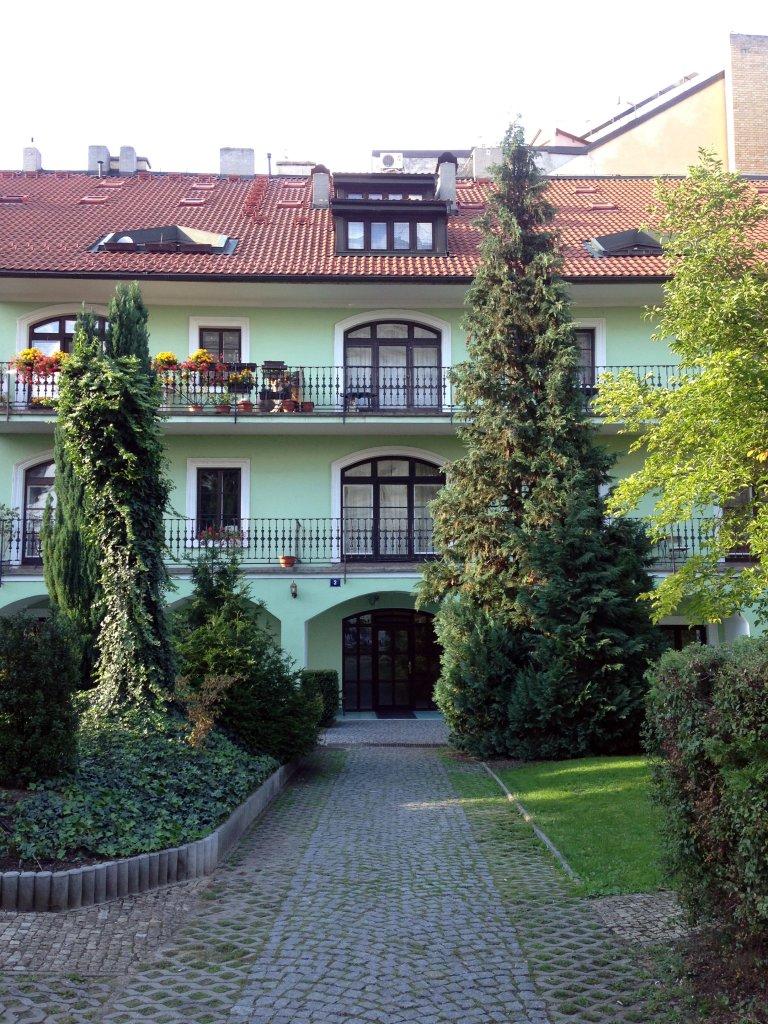 Prague 42